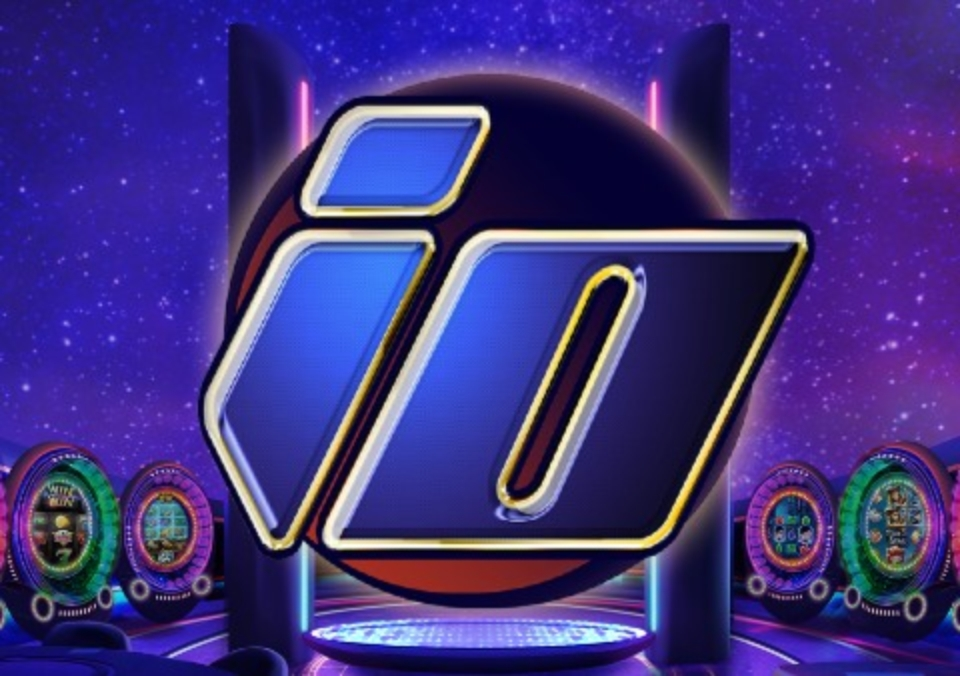 The IO Online Slot Demo Game by ELK Studios